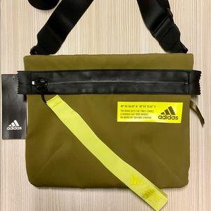 Adidas Favorites Sacoche Shoulder Bag NWT.